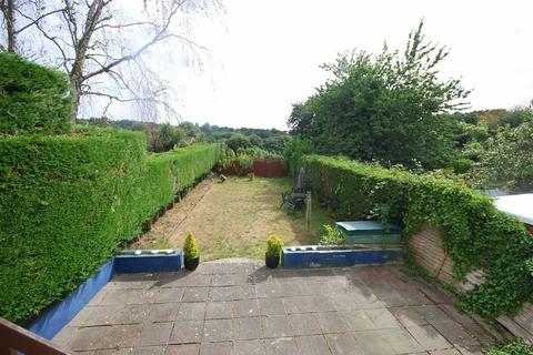 4 bedroom semi-detached house to rent - St Helier