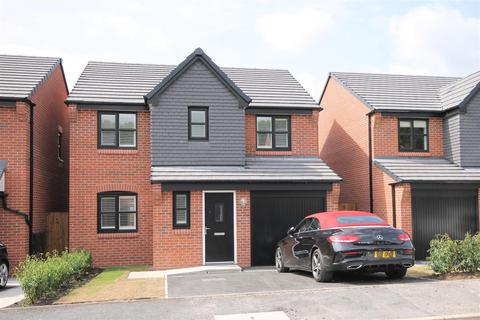 4 bedroom detached house to rent - Ernest Avenue, Eccles