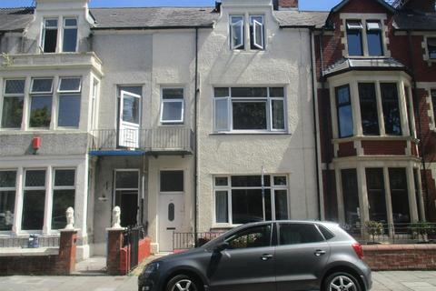 2 bedroom flat for sale - Victoria Park Road East, Victoria Park, Cardiff