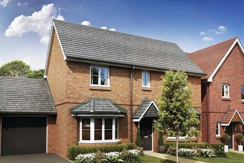3 bedroom detached house for sale - Acacia Gardens, Farnham, Surrey, GU10