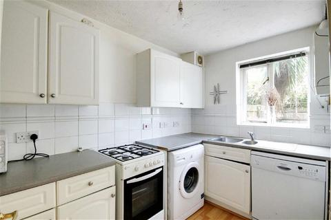 4 bedroom house to rent - Grimsby Grove, Royal Docks, London