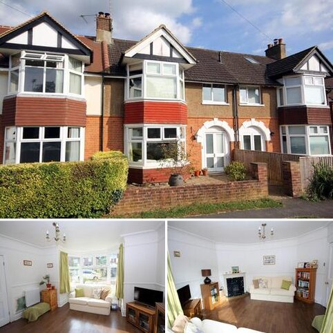 Windsor Road, Crowborough. 3 bedroom terraced house