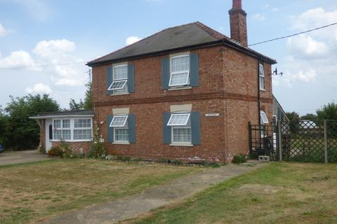 4 bedroom farm house for sale - Newland Road, Surfleet Seas End