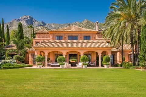 11 bedroom villa  - Sierra Blanca, Marbella, Malaga