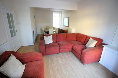 3 bedroom end of terrace house to rent - Regina Terrace, Cardiff