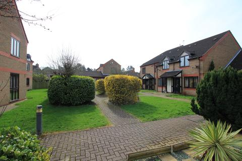 2 bedroom house to rent - Green Court , Thorpe St Andrew, Norwich , Norfolk  NR7