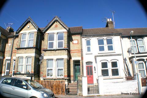 1 bedroom flat to rent - Windmill Road, Gillingham ME7