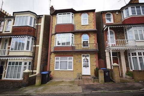 4 bedroom detached house for sale - Albert Road