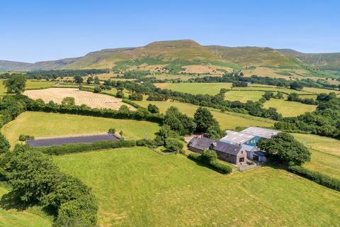 4 bedroom equestrian facility for sale - Nr Talgarth, Brecon, Powys, LD3