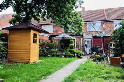 1 bedroom flat to rent - Johnson Road, Cranford