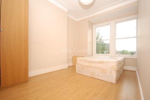 5 bedroom flat to rent - Parkhill Road, Belsize Park