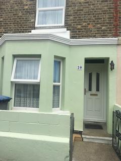 3 bedroom house to rent - Douglas Road, Dover, CT17