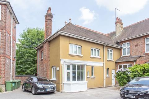 1 bedroom flat for sale - Bridgewater Court, Bridgewater Road, Wembley HA0