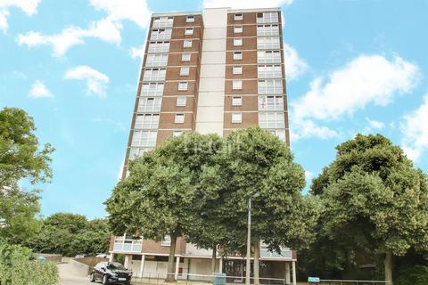 1 bedroom flat for sale - Moor Tower, Harlow