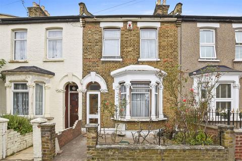 3 bedroom terraced house for sale - Lorne Road, London, E7