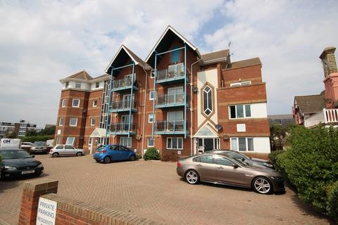 3 bedroom penthouse for sale - Marine Parade East, Clacton-On-Sea