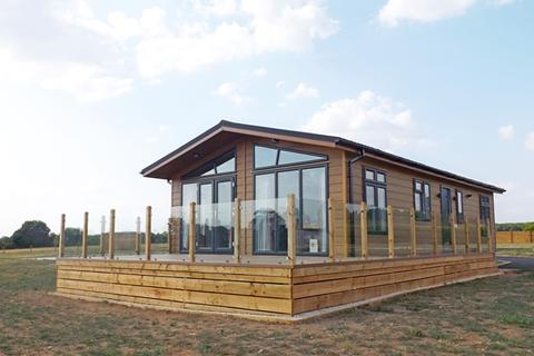 2 bedroom park home for sale - Plot 1 Bow Brook Holiday Lodge, Pinvin, Nr. Pershore