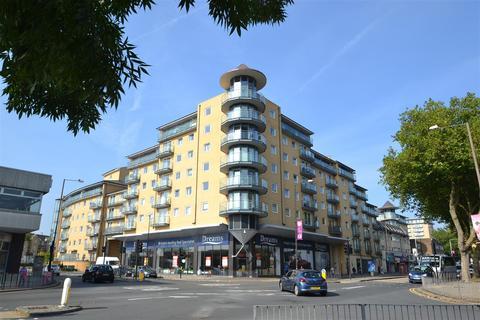1 bedroom apartment for sale - Berberis House, Highfield Road, Feltham