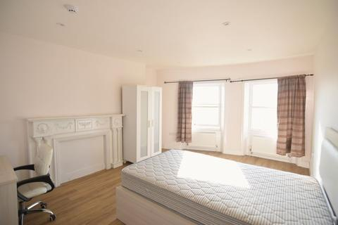 2 bedroom apartment to rent - Luxury Three bedroom flat to let in Brunswick Place