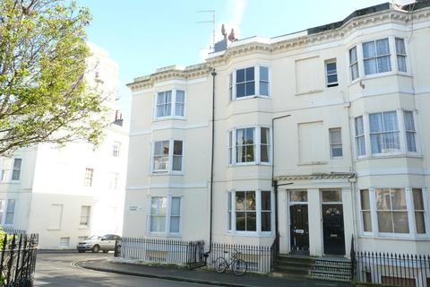 2 bedroom apartment to rent - Clarence Square, Brighton