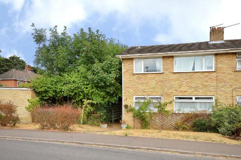 3 bedroom semi-detached house to rent - Leng Crescent, Norwich