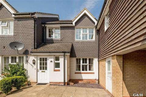 3 bedroom semi-detached house for sale - Bryony Drive, Kingsnorth, Ashford