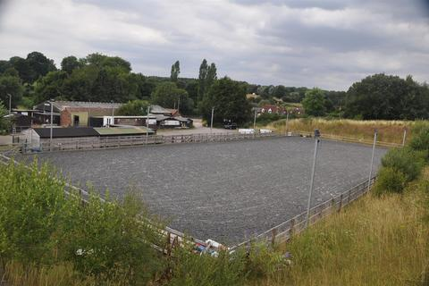 Equestrian facility for sale - Hensting Lane, Fishers Pond, Eastleigh
