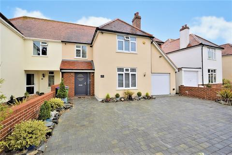 4 bedroom semi-detached house for sale - Shorncliffe Crescent, Folkestone, Kent