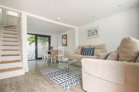 3 bedroom terraced house to rent - Margaret Street , Brighton