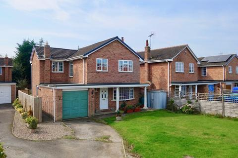 4 bedroom detached house for sale - The Paddock, Wilberfoss