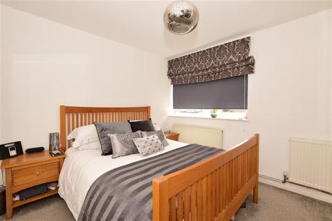 2 bedroom ground floor maisonette for sale - Canterbury Way, Great Warley, Brentwood, Essex