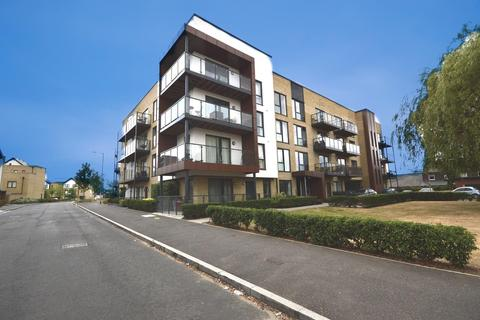 2 bedroom apartment for sale - Downey House, Ashflower Drive, Harold Wood, Romford, RM3