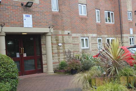 2 bedroom flat for sale - Brook Court , Moor Lane , Salford  M7