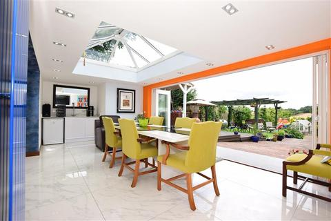4 bedroom detached house for sale - Church Road, Hartley, Longfield, Kent