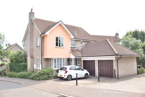 4 bedroom detached house for sale - Dunmow, Essex