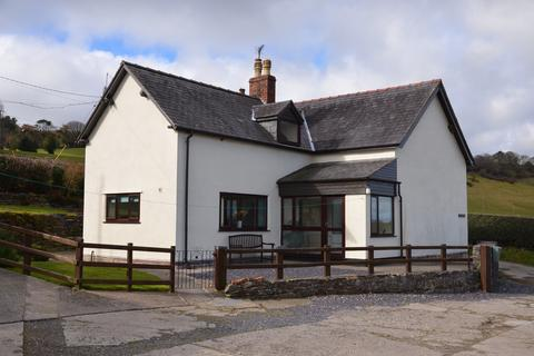 3 bedroom detached house for sale - BRYN GOLEU, NANNERCH CH7