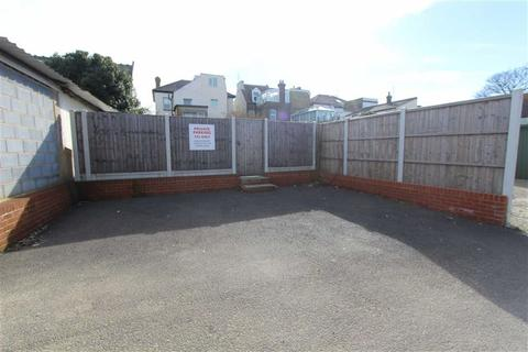 Parking to rent - Eastern Esplanade, Southend On Sea, Essex