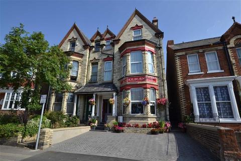 Guest house for sale - Trinity Road, Bridlington, East Yorkshire
