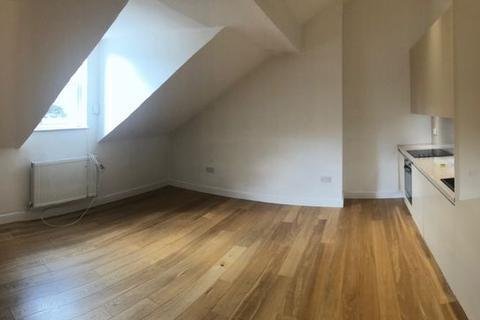 1 bedroom apartment to rent - Fassett Road, Kingston, KT1