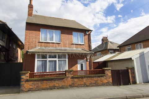 4 bedroom detached house to rent - Montpelier Road, Dunkirk, Nottingham