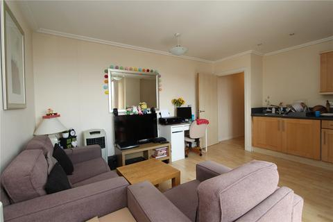 1 bedroom flat to rent - Poulton Court, North Acton, London, W3
