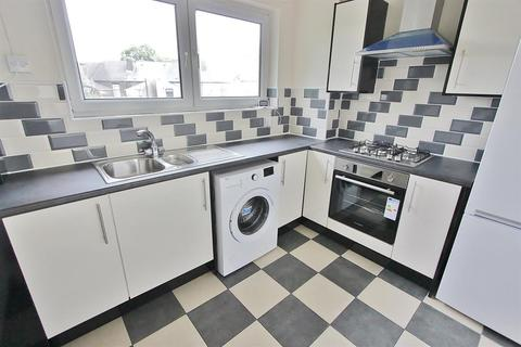 1 bedroom flat for sale - Firshill Close, Sheffield, S4 7BL