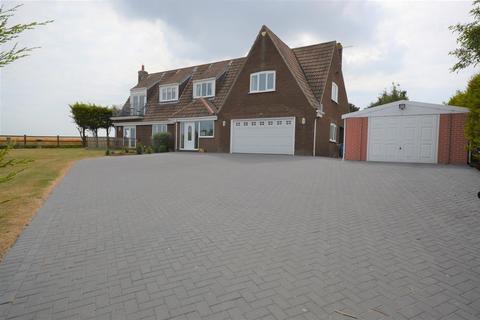 4 bedroom detached house for sale - Malton Road, Hunmanby, Filey, YO14 0LE