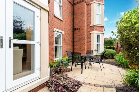 3 bedroom apartment for sale - Royal Court Apartments, 60 - 66 Lichfield Road, Sutton Coldfield, Birmingham, B74 2NA