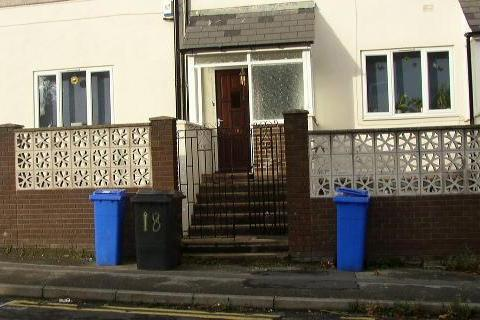 2 bedroom house share to rent - Holberry Gardens, Broomhall, Sheffield S10