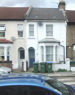 4 bedroom terraced house to rent - Troughton Road, Charlton , Charlton SE7