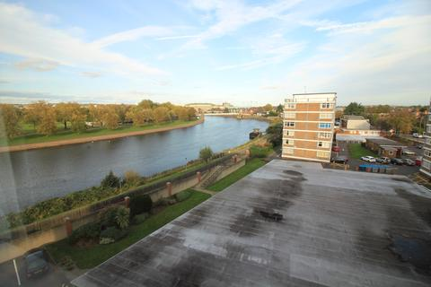 2 bedroom flat for sale - Yale House, Rivermead, Wilford Lane, West Bridgford NG2