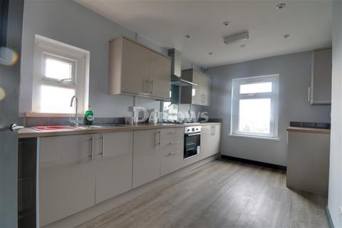 2 bedroom flat to rent - Newport Road