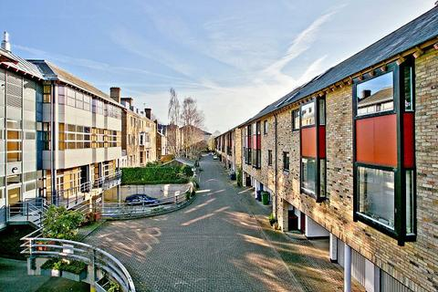 3 bedroom house for sale - Bateman Mews, Cambridge
