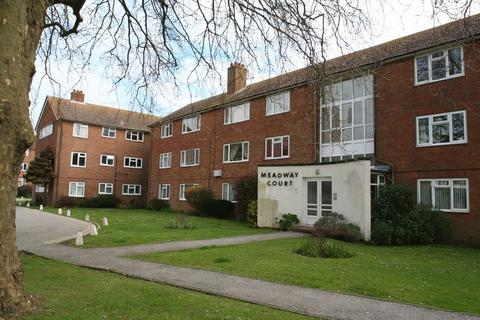 2 bedroom apartment for sale - Meadway Court, The Boulevard, Worthing